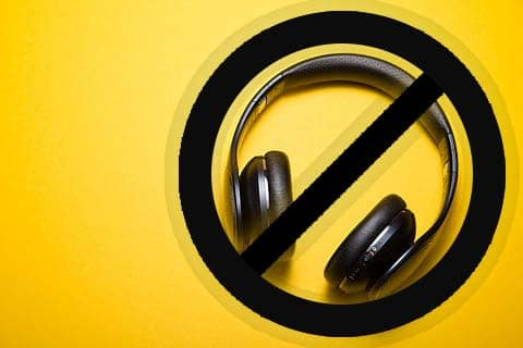 headphones do not play