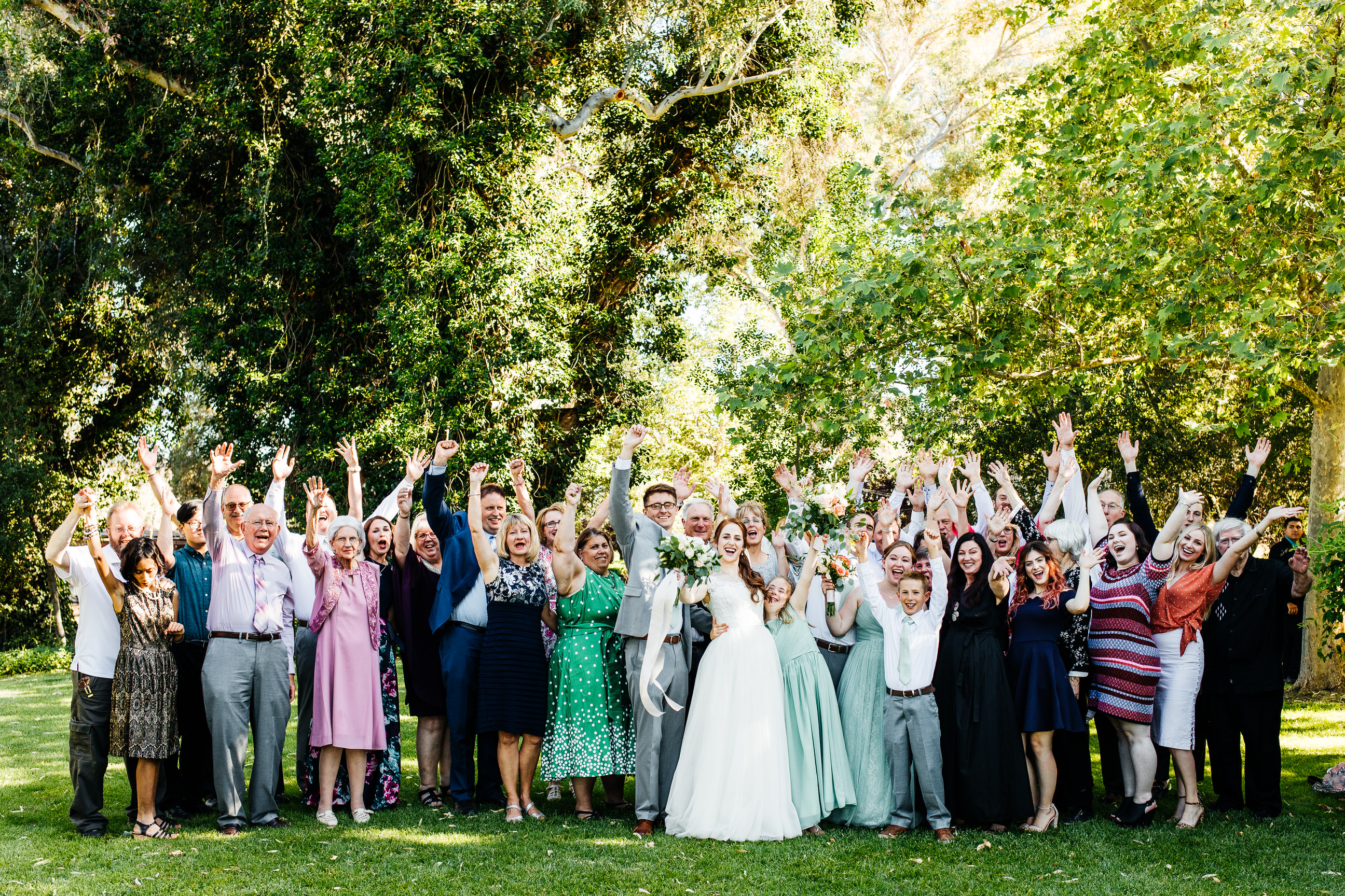 wedding photographer erin marton group pic