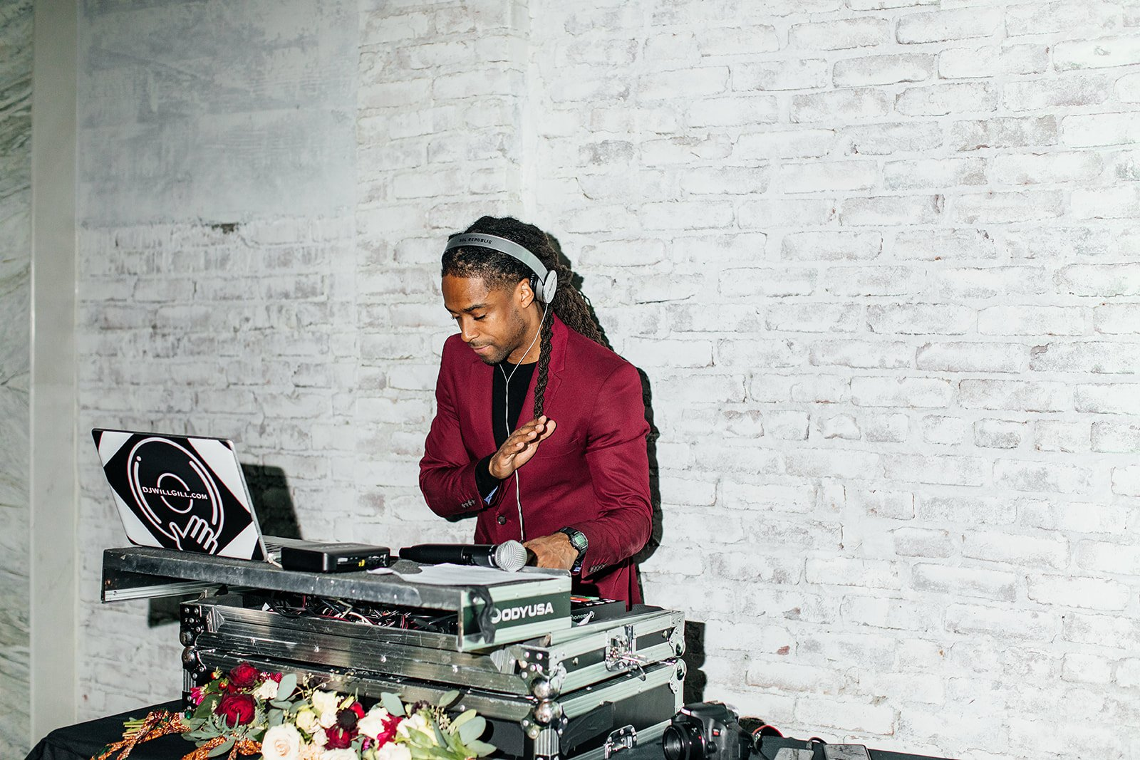 Los Angeles Wedding DJ in Maroon Attire